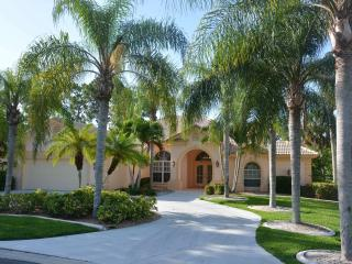 Seasonal/ Lely Golfview Pool Home 3/2 plus den/off - Naples vacation rentals