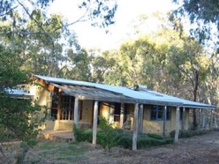 Bright 4 bedroom House in Victoria with Satellite Or Cable TV - Victoria vacation rentals