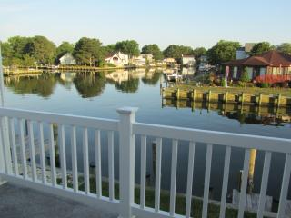 Canal front 5 bdrm retreat 5 min from OCMD beaches - Piney Point vacation rentals