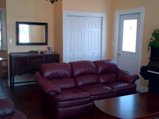 2 bedroom Condo with Deck in Pictou - Pictou vacation rentals