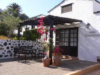 LA CASITA ( Finca La Fuentecilla) - Haria vacation rentals