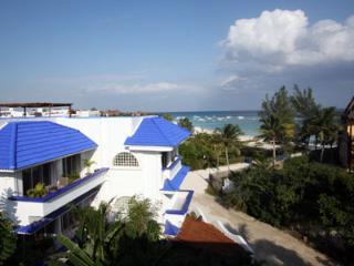 Enchanting Seaside,Mexican Caribbean Condo .Pool. - Playa del Carmen vacation rentals
