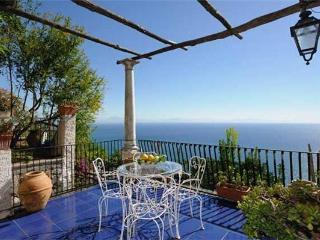 4 bedroom Villa in Conca dei Marini, Campania, Italy : ref 2100267 - Conca dei Marini vacation rentals