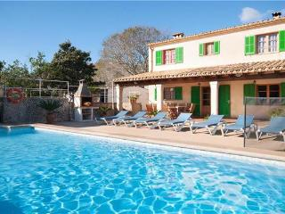 5 bedroom Villa in Pollenca, Mallorca : ref 2101930 - Pollenca vacation rentals