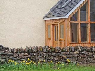 WADE HOUSE, woodburner, Grade II listed, fully renovated, pet-friendly, near Aberfeldy, Ref 21597 - Perth and Kinross vacation rentals