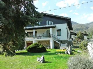 Bright 2 bedroom Torre Pellice Villa with Garden - Torre Pellice vacation rentals