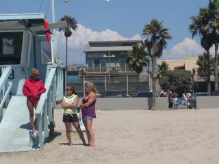 2 bed Sleeps 12  on Venice Boardwalk Ocean Views - Los Angeles vacation rentals