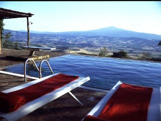 """Gorgeous Five Bedroom """"Tuscan Idyll"""" - Florence vacation rentals"""