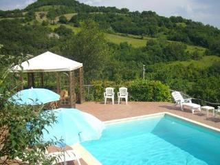 Nice Villa with Alarm Clock and Grill - Umbertide vacation rentals