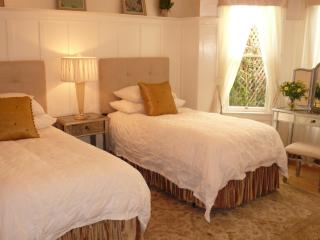 A Beautiful Gem as seen on the Fine Living Channel - San Francisco vacation rentals