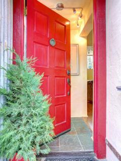 Comfortable 2 bedroom Sausalito House with Deck - Sausalito vacation rentals