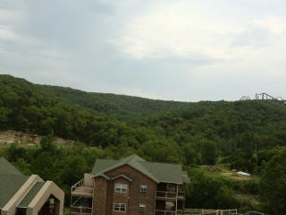 Penthouse | Fireplace | Pool | Hot Tub | Close to Silver Dollar City (3110605) - Branson vacation rentals