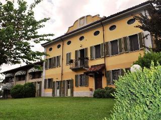COLLE APERTO Maison De Charme - Piedmont vacation rentals