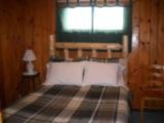Bedroom - Kathan Inn & Resort - Birchwood - Eagle River - rentals
