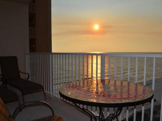 1BR+Bunk BR Luxury condo on 14th Floor at Shores - Panama City Beach vacation rentals