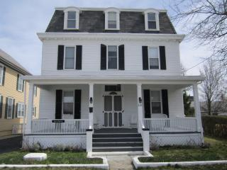 VICTORIAN CLASSIC - 209 S. BROADWAY, CAPE MAY- - Cape May vacation rentals