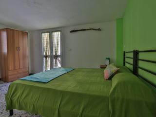 Nice 1 bedroom B&B in Riomaggiore - Riomaggiore vacation rentals