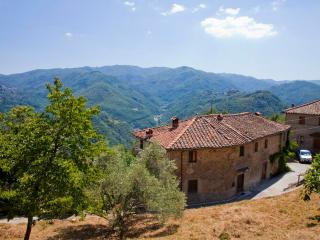 La Balconata - Holiday rental in Tuscany - Castiglione Di Garfagnana vacation rentals