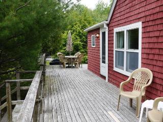 Convenient 3 bedroom Seal Harbor House with Deck - Seal Harbor vacation rentals
