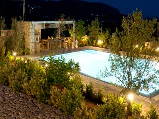 Stone Villa -  Last minute Offers! (Pool & BBQ) - Aghios Nikolaos vacation rentals