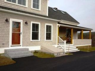 Bright 3 bedroom House in Tremont - Tremont vacation rentals