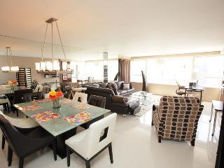 Miami Beach 1421 Luxury 2 Bedroom Corner Suite - Miami Beach vacation rentals