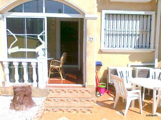 Pretty duplex with pool close to the sandy beaches - Torrevieja vacation rentals