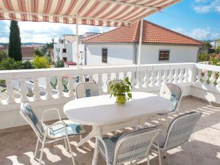 Bright 2 bedroom Vodice House with Internet Access - Vodice vacation rentals