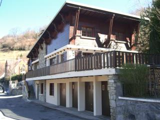 Beautiful Pyrenean chalet sleeps 2-18 over 3 floor - Saint-Beat vacation rentals
