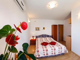 Family-friendly apartment EMMA A2 ( 2+0) - Orebic vacation rentals