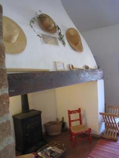 Beautiful B&B with Internet Access and Paper Towels Provided - Beja District vacation rentals