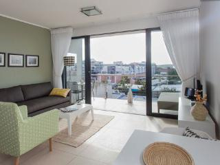 Fabulous 1-Bedroom De Waterkant Apartment - Cape Town vacation rentals