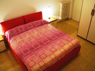 CASA ROSA the perfect family home to explore Rome! - Rome vacation rentals