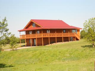 Beaver Crossing Country Cabin - Nebraska vacation rentals