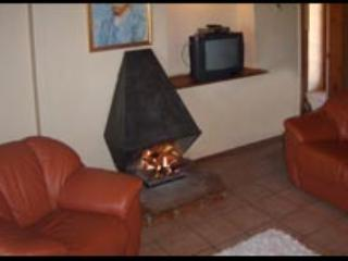 Vineyard Cottage - Image 1 - Oudtshoorn - rentals
