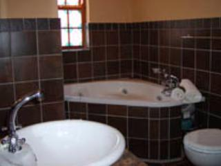 Red Rock Cottage - Oudtshoorn vacation rentals