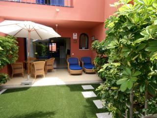 Nice 2 bedroom Villa in Maspalomas with Internet Access - Maspalomas vacation rentals