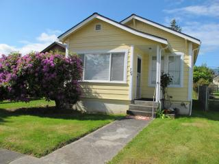 2 bedroom House with Deck in Port Angeles - Port Angeles vacation rentals