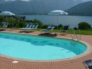 Nice 1 bedroom Mezzegra Apartment with Internet Access - Mezzegra vacation rentals