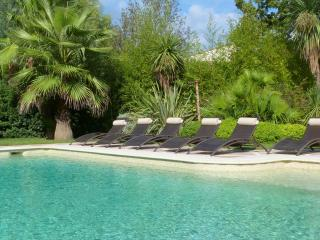 Charming Villa with Internet Access and Television - Pouillon vacation rentals