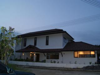 Pool villa with mountain views, Chiang Mai - Chiang Mai Province vacation rentals