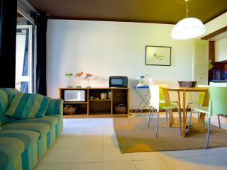 Fully equipped 1BD apartment by the Marina (WiFi) - Vilamoura vacation rentals