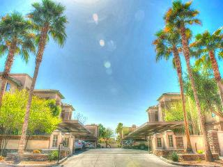 Modern, Luxury, Golf Resort Style Scottsdale Condo - Scottsdale vacation rentals