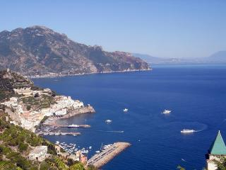 Casa Floreal. Huge sea view terrace over Amalfi - Amalfi vacation rentals