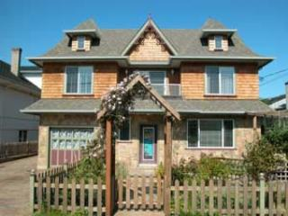 Town House in the heart of James Bay, Victoria - Victoria vacation rentals