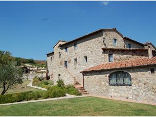 LYRA apartment @ CASALTA DI PESA - Castellina In Chianti vacation rentals