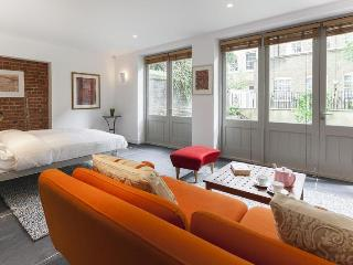 John's Mews II - London vacation rentals