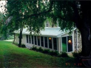 Perfect House with Deck and Internet Access - Emmitsburg vacation rentals