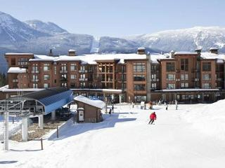 Ski in / Ski Out : It doesn't get any better! - Revelstoke vacation rentals