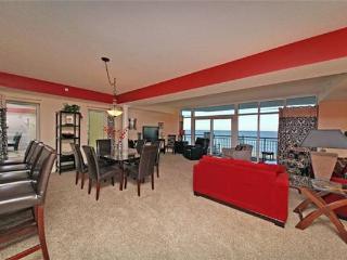 Ocean Blue ResortLuxury  Oceanfront 5 Bedroom Condo with a Balcony, Pool, Hot Tub - Myrtle Beach vacation rentals